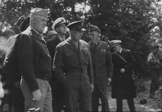 First visit of senior US commanders to the beaches of Normany. General Dwight D. Eisenhower, Supreme Allied Commander, Allied Expeditionary Force, is in center; General George C. Marshall, Chief of Staff, U.S. Army, is to his left. Others include Admiral Ernest King, U.S. Navy, and General Henry H. Arnold, Commanding General, U.S. Air Forces, France. 12 June 1944