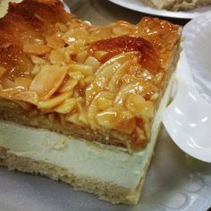 "Bienenstitch- German for ""bee sting""- a flaky pastry with diplomat creme and a candied almond crunch top #jwuculinary"