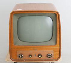 TV, Luxor, 1900-talets mitt.
