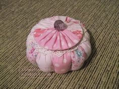 Прикосновение... : Шкатулка из ткани и дисков.