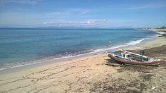 Ai Giannis beach , saturday at noon #lefkadaslowguide #lefkadazin #lefkada #lefkas #island #sea #beach #boat #calmness #relax #spring