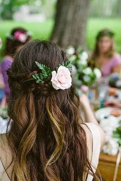 Wedding hairstyles | Wedding hairstyles for long hair | flowers in your hair