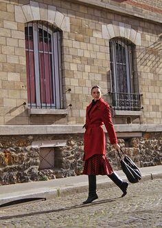 Coat ZARA. Skirt MIU MIU. Boots Margiela x H&M. Bag MARC JACOBS.