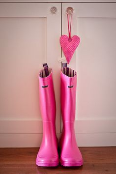 own a pair of hot pink, cherry red, pale blue, or bright yellow, ya know, to brighten up the occasional rainy day :)