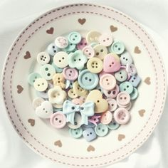 A plate of pastel buttons. Soft Colors, Pastel Colors, Colours, Soft Pastels, Button Art, Button Crafts, Pretty Pastel, Pastel Pink, Pink Soft