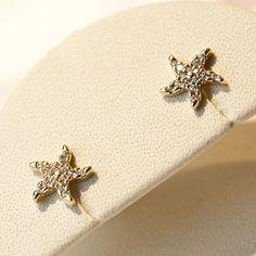 Cercei din aur pentru copii BC372 Aur, Brooch, Places, Jewelry, Diamond, Brooch Pin, Jewellery Making, Lugares, Jewels