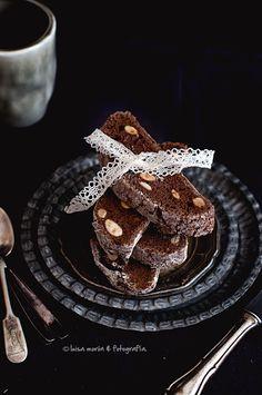 Biscotti de chocolate y almendras de Donna Hay.