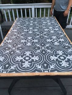DIY Tile Tabletop: Using Merola Tiles Let's talk about the dreamy black and white Merola tiles f Tile Patio Table, Tile Tables, Patio Tiles, Outdoor Tiles, Cement Tiles, Diy Outdoor Furniture, Diy Furniture, Outdoor Decor, Furniture Layout