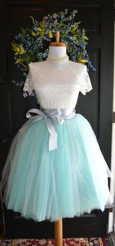 Womens Tutu Aqua Gray Tulle skirt Aqua by MaidenLaneBoutique Grey Tulle Skirt, Tulle Tutu, Tulle Skirts, Tule Skirt Outfit, Wedding Dresses Plus Size, Modest Wedding Dresses, Plus Size Tutu Skirt, Wedding Skirt, Flower Girl Dresses
