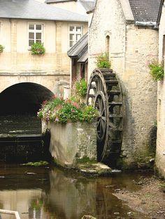 Water mill by Poppins' Garden, via Flickr