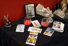 Psychic Tarot Card Readings Free Tarot Reading online....Join Us in Live and Free Psychic chat
