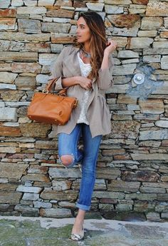 Outfits with Flats | Chicisimo