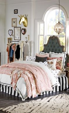 Cool 43 Beautiful and Cute Shabby Chic Kids Room Design Ideas. More at https://trendecor.co/2017/12/22/43-beautiful-cute-shabby-chic-kids-room-design-ideas/