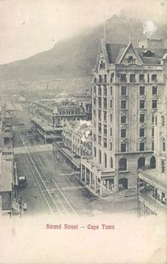 Old Pictures, Old Photos, Vintage Photos, Cape Town South Africa, Plate Design, Most Beautiful Cities, Antique Maps, Old Town, Trains