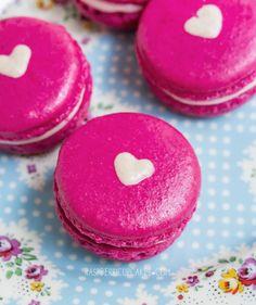 Heart-Inside Macarons (Strawberry Cheesecake and Vanilla Malt)
