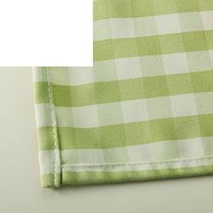 amazon com green white check vinyl tablecloth with umbrella hole