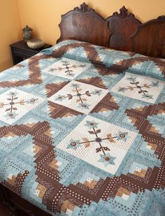 Cabin Flowers bed quilt