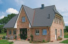 Frisian house with light clinker and gray roof from ECO System HAUS – FarmHouse 2020 Country Style, Decoration, Building A House, Villa, Farmhouse, Exterior, House Design, House Styles, Grey
