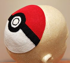 Maybe you call it a yarmulke. Maybe you call it a kippah. Either way, it may as well be covered in pictures of Angry Birds or bagels. Bat Mitzvah Party, Bar Mitzvah, Candle Lighting Ceremony, Nerd Party, Knitted Hats, Crochet Hats, Weaving Techniques, Weird And Wonderful, Crochet Projects