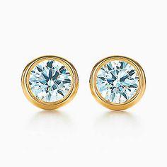 Elsa Peretti® Diamonds by the Yard® earrings in 18k gold.