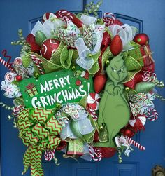 Christmas deco mesh wreath, The Grinch, The Grinch deco mesh wreath, The Grinch wreath , Christmas wreath Grinch Christmas Decorations, Grinch Christmas Party, Noel Christmas, Holiday Wreaths, Winter Christmas, Christmas Ornaments, Grinch Party, Christmas Projects, Holiday Crafts