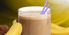 Banana Chocolate Milkshake Ingredients: 1 c Skim milk 2 tb Hershey's Cocoa Granulated sugar substitu Best Smoothie Recipes, Good Smoothies, Banana Recipes, Healthy Recipes, Banana Smoothies, Healthy Chocolate Milkshake, Chocolate Syrup, Chocolate Peanuts, Hershey Cocoa