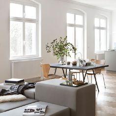 Fantastic Frank Berlin is a minimalist house located in Kreuzberg, Germany, designed by Studio Oink.