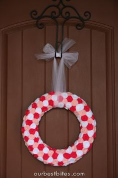 Weekend Crafting: Valentine Rosette Wreath -  felt flower crafting project