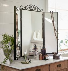 IKEA Karmsund Table Mirror as vanity setup. Could also be paired with IKEA Klimpen Table. Schwarz Home, Interior Ikea, Catalogue Ikea, Ikea Portugal, Suite Principal, Storage Boxes With Lids, Ikea Bedroom, Wall Brackets, Bath