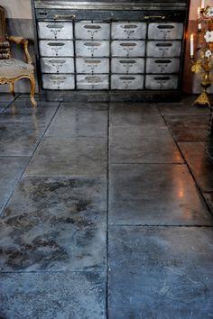 STILTJE interior. UNIK flooring www.stiltje.se Floors, Tile Floor, Tiles, Designers, Black And White, Patterns, Interior, Crafts, Inspiration