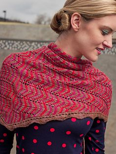 Teresa Shawl by Nikki Wagner. malabrigo Silky Merino, Amoroso and Acorn colors. Published in Knitscene, Fall 2013 Knitted Shawls, Crochet Scarves, Crochet Shawl, Knit Crochet, Crotchet, Shawl Patterns, Cowl Scarf, Crochet Fashion, Crochet Accessories