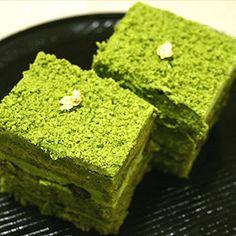 Premium green tea cake 宇治抹茶ケーキ プレミアム