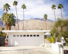 Christoper Kennedy Compound: Modernism Week Show House 2015 - and they are going to be installing a modbox mailbox!