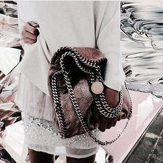 Image about fashion in f a s h i o n by H A Y L E Y