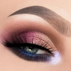 Do you wish to discover make-up for blue eyes, which is essentially the most flattering and appropriate for any event? See our assortment of essentially the most stunning make-up seems to be. # make-up # makeuplover Simple Eye Makeup, Eye Makeup Tips, Eyeshadow Makeup, Makeup Ideas, Makeup Tutorials, Eyeshadows, Applying Eyeshadow, Easy Makeup, Makeup Hacks