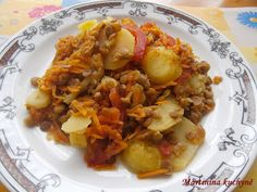 Martinina kuchyně: 90DD - Bramborová musaka s čočkou Musaka, Biscuits, Grains, Rice, Chicken, Meat, Food, Crack Crackers, Cookies