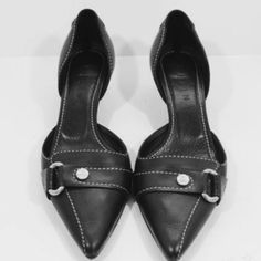 Celine Leather Pumps In very good, used condition. Used only a couple of times. AVAILABLE NOW! Celine Shoes Heels