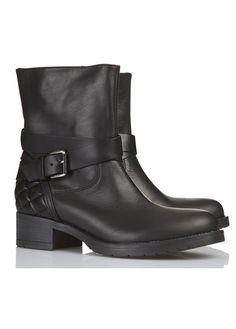 Bottines Motardes  Noir Zapa pour femme sur Place des tendances Groupe Printemps. Retrouvez toute la collection Zapa pour femme.