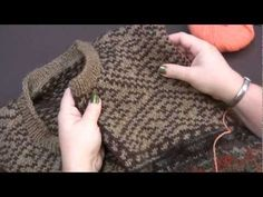 In this video, Kerin goes over the basics of preparing and cutting a steek! This is a useful technique that allows you to knit colorwork projects completely . Knitting Daily, Vogue Knitting, Knitting Stitches, Hand Knitting, Knitting Help, Crochet Patterns For Beginners, Knitting Patterns, Fair Isle Knitting, Knit Picks