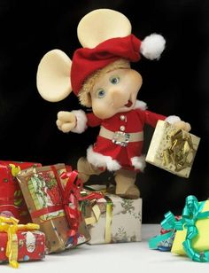 Topo Gigio who use to be a regular on the Ed Sullivan show. All Things Christmas, White Christmas, Vintage Christmas, Merry Christmas, Xmas, Danbo, Retro, Morning Cartoon, Old Tv Shows