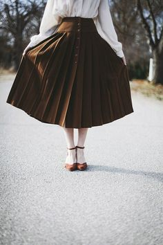 Vintage Autumnal Pleated Wool Skirt - xs by FinchandFawnVintage on Etsy https://www.etsy.com/listing/215795759/vintage-autumnal-pleated-wool-skirt-xs