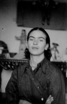Portrait of Frida Kahlo found in Isamu Noguchi's archives, ca. 1930s. In all likelihood, this photo was taken by Noguchi during the time he was working on his commission at the Mercado Abelardo Rodrigues in Mexico City in 1936.