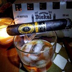 Happy Sunday night friends hope everyone  had a safe and wonderful weekend. #cigar #cigarlife #cigaroftheday #cigarsmoker #cigarmaster #cigarswag #cuba #cubana #cigarhustler #cigarphotography #fumacigarsocial #camacho #bourbon #Colibri #Dunhill #coffee #room101 #cohiba #cigars #cigaraficionado #cigarandcoffee #cigarjunkie #cigarking by bluegoldman