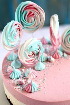Mansikka-valkosuklaajuustokakku suklaakakkupohjalla, munaton - Suklaapossu Chocolate Dome, Yummy Cakes, Cheesecake, Birthday Cake, Baking, Desserts, Food, Tailgate Desserts, Deserts