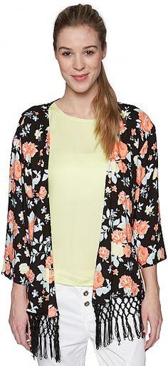 We <3 Kimono's ideaal voor het tussenseizoen maar ook een superleuk alternatief voor de blazer Tom Tailor doet er nog een schepje bovenop en combineert 2 super trends met elkaar franjes en een kimono = THE BEST COMBO EVER ;) www.munt-webshop.be