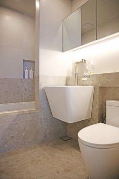온라인집들이 :: 투톤타일과 조적식 파티션 포인트의 거실 욕실 인테리어 : 네이버 블로그 Decor Styles, Living Room Decor, Toilet, Bathtub, Loft, Interior Design, House, Small Bathrooms, Apartment Ideas