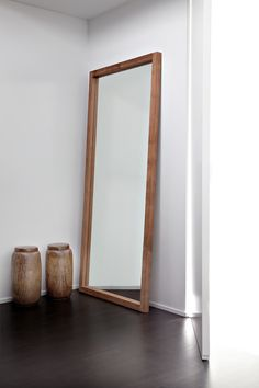 Frame your reflection with the elegant Ethnicraft Light Frame mirror. Lean this full-length mirror against the wall, or mount it up vertically or horizontally. Wood Framed Mirror, Wall Mirrors, Wood Wall, Living Room Mirrors, Furniture Collection, Bedroom Decor, Decoration, Home Decor, Tree Furniture