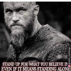 Vikings Ragnar, Vikings Tv Show, Viking Life, Viking Warrior, Couple Training, Thor's Hammer Necklace, Viking Quotes, Sport Nutrition, Viking Dragon