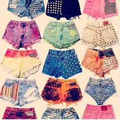 These shorts give a somewhat #Hipster vibe. And feels like #Summer is back.