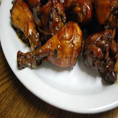 Slow Cooking Thursday-Sticky Chinese Chicken Wings,Directions:Mix soy sauce, brown sugar, ginger, and garlic powder together. Toss wings in the mixture and allow to marinate overnight. In the morning, put wings and marinade in slow cooker and cook on low for 6 to 8 hours. Remove wings from slow cooker and transfer marinade (now sauce!) to a small saucepan. Allow to simmer until thickened. Pour over wings and enjoy!